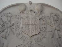 Lapide di Raimondo a Linz particolare dello stemma