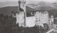 Fine anni '50 crolla il tetto del palazzo feudale